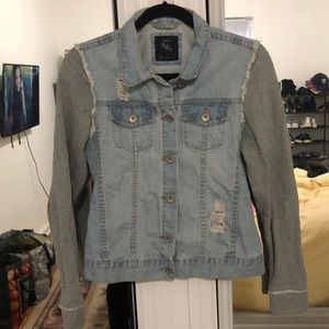 Cotton On light denim jacket w/ sweatshirt sleeve